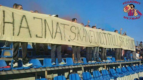 Protesta e tifozëve të Vllaznisë: Hajnat s'kanë fund, titull s'ka kund!