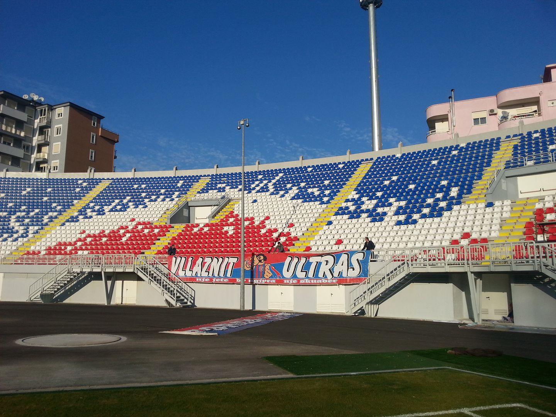 """""""Vllaznit Ultras"""" Premtojnë tifozeri të zjarrtë"""