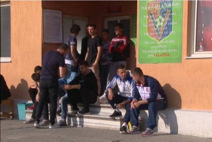 Mbledhje te Vllaznia, Cungu propozon gjoba për futbollistët