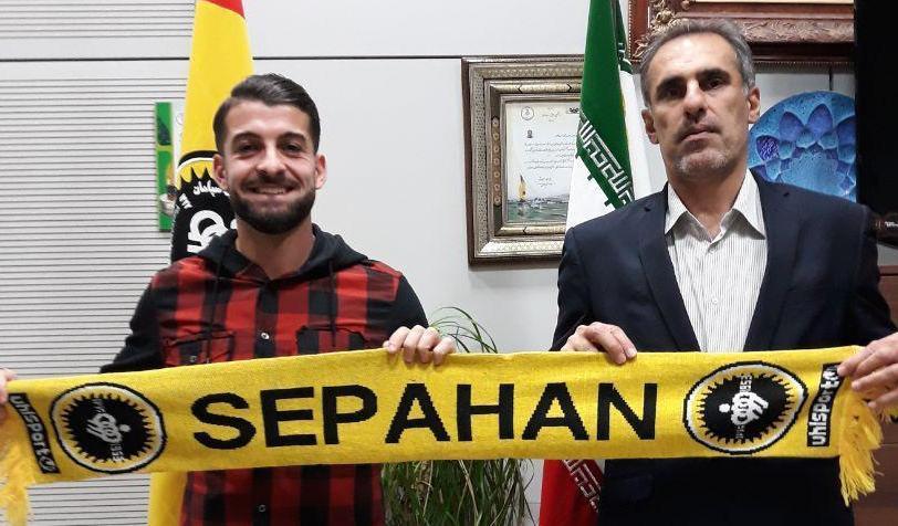 Hasani firmos me Sepahanin, por Vllaznia nuk eshte ne dijeni