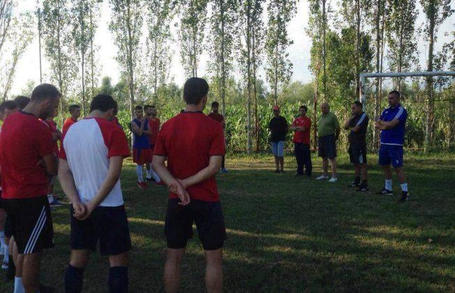 Vllaznia nis stërvitjen e reduktuar, Cungu: Kemi vështirësi në merkato